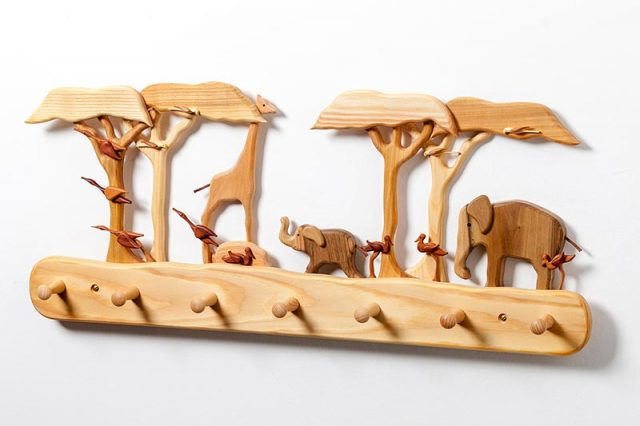 Kinder-Holz-Garderobe Afrika