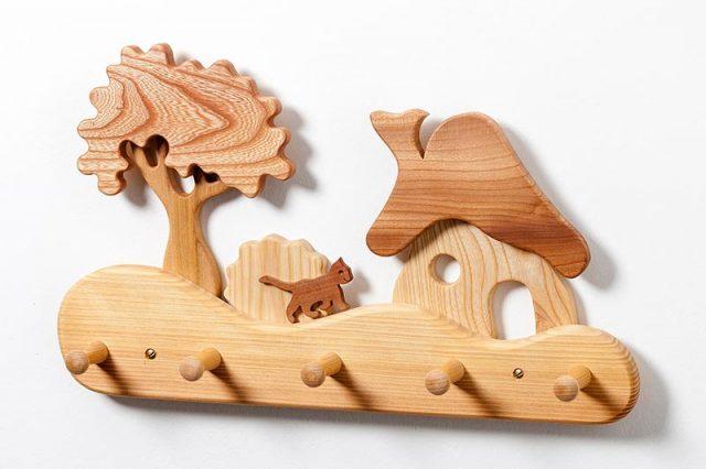 Kinder-Holz-Garderobe Haus am Wald